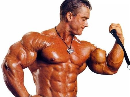bodybuilder-pulling-cable