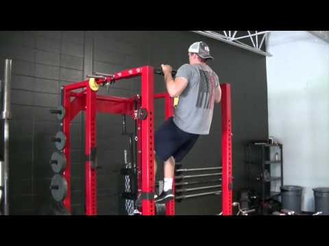 Rebel-performance.com: Bad Pull Up 3-Forward Shoulders